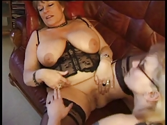 Granny Catches Insatiable Maid Jilling