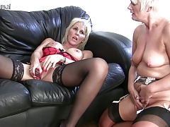 Mature lezzie  in super-hot activity