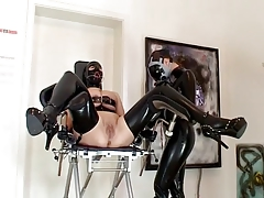 Pruning lesbos - with spandex and Bondage & discipline