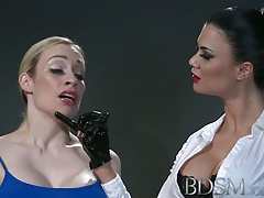 Domination & submission Hard-core Ultra-kinky gimp with hefty boobs lets Dominatrix into her