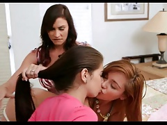 2 hot dolls and 1 hot doll 722