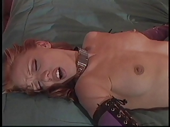 2 dykes use fetish  to play