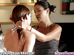 Sara Luvv Prays Girly-girl Mummy Teacher for Honeypot