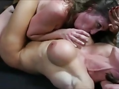 bodybuilder gets predominated by wrestler and made to cum