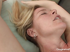 Ash-blonde Mummy gets  by her stepdaughter on the bed