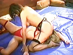 Tough Damsels Catfight