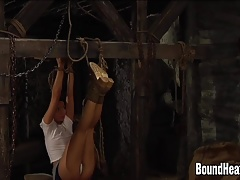 Lezzie Huntress Toying With Roped Up Sub