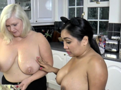 Granny deep-throats in threesome
