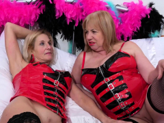 OldNannY 2 Huge-boobed Mature Lezzies Play Super hot Games