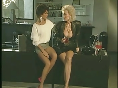 Dolly - Her finest woman-woman scene.