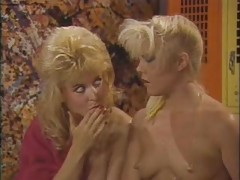 Nina Hartley vs Danielle - Girl-Girl, Pumping  (1986).